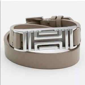 Tori Burch NWT Fitbit Flex 2 bracelet French Gray